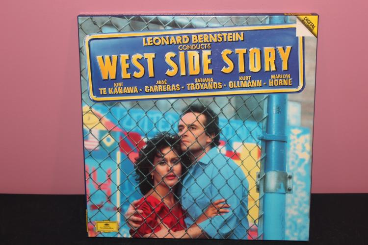 1985 RE-RELEASE OF 2 RECORD LP SET WITH BOOKLET - LIKE NEW - WESTSIDE STORY - MADE IN WEST GERMANY
