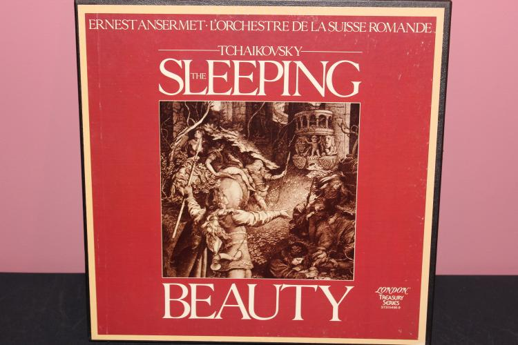 TCHAIKOVSKY'S SLEEPING BEAUTY - RECORDED IN LONDON - LIKE NEW - STS15496/8 W/ BOOKLET