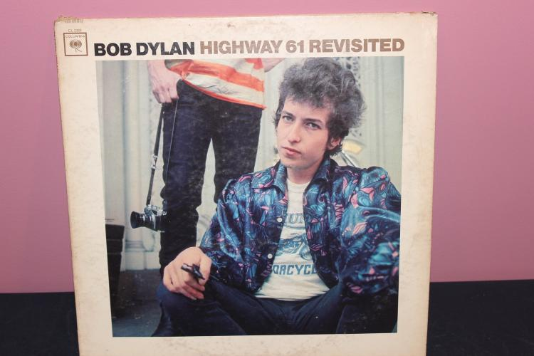 DYLAN COLUMBIA CL2389 L.P. - LIKE NEW ALBUMS - COVER WORN