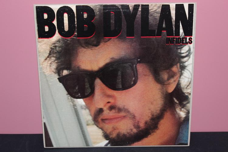 DYLAN - INFIELDS 1983 COLUMBIA BL38819 - NEAR MINT