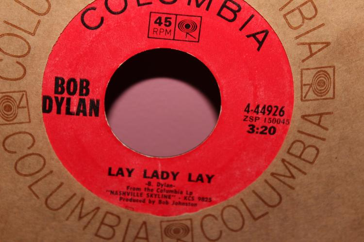 DYLAN – LAY LADY LAY COLUMBIA 444926 LIKE NEW