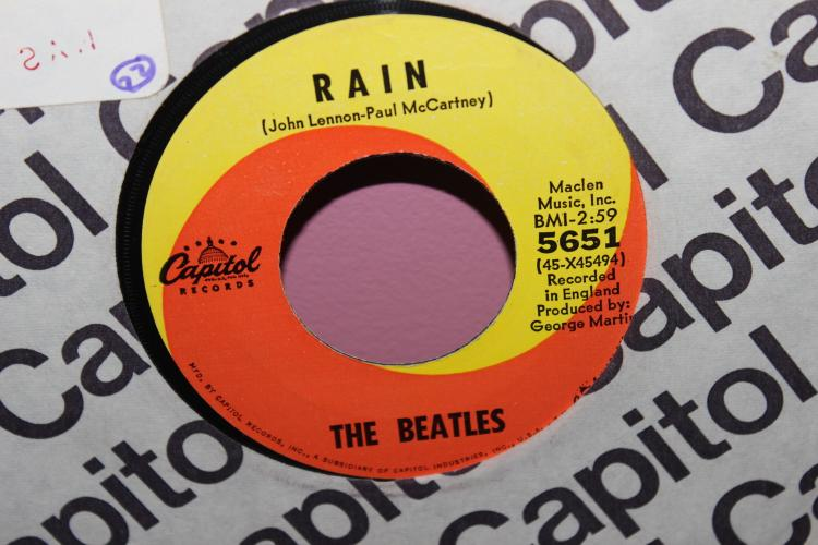 BEATLES – CAPITAL 5651 RECORDED IN ENGLAND MACLEN MUSIC INC. BMI NEAR MINT