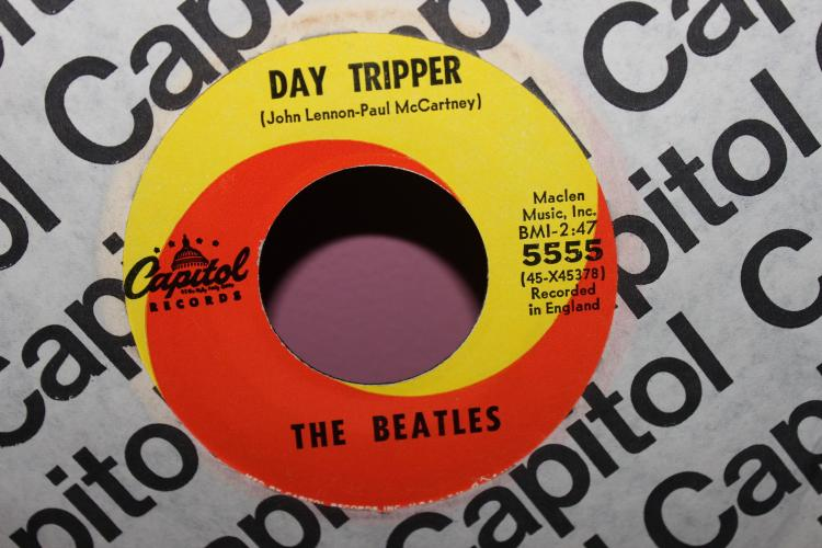 DAY TRIPPER RECORDED IN ENGLAND BEATLES CAPITAL 5555 LIKE NEW