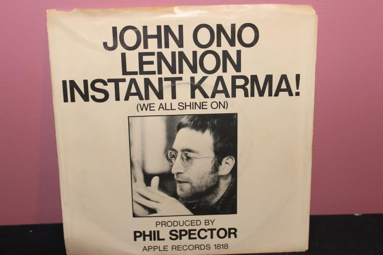 YOKO ONO LENNON INSTANT KARMA APPLE RECORDS RECORDED IN ENGLAND LIKE NEW