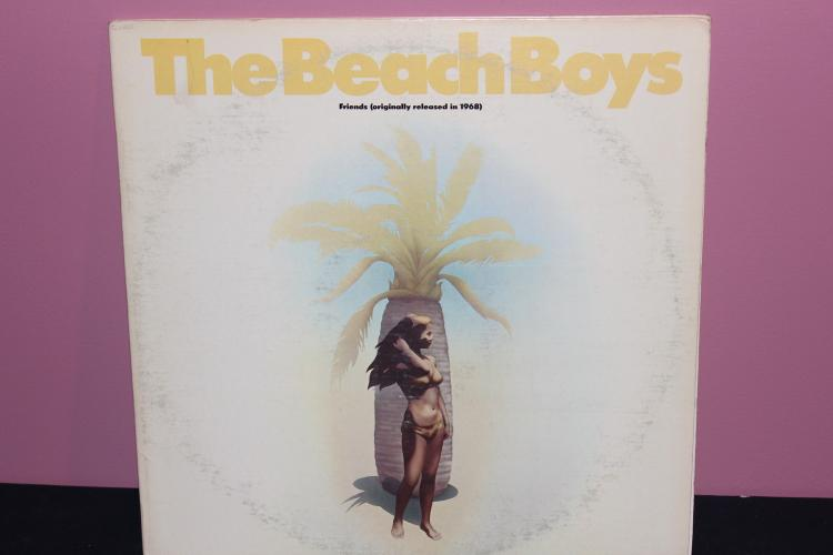 BEACH BOYS FRIENDS ORIG. RELEASE 1968 RE RELEASE 1974 WARNER BROS. RECORDINGS DOUBLE RECORD ALBUM ALSO SMILEY SMILE ORIG. RELEASE 1967 VERY GOOD COND.