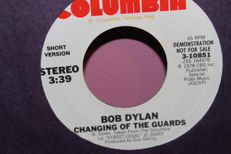 NOT FOR SLE PROMOTIONAL ONLY BOB DYLAN CHANGING OF THE GUARDS SHORT VERSION AND LONG VERSION 1978 LIKE NEW