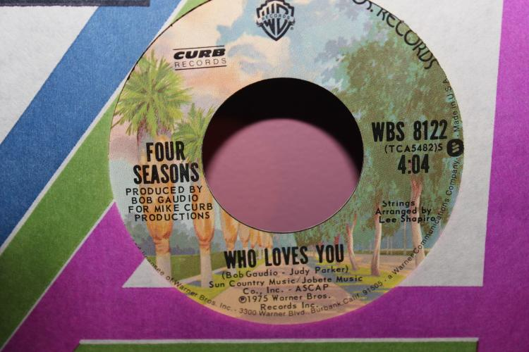 1975 FOUR SEASONS WHO LOVES YOU BABY DISCO VERSION – WARNER BROS. 8122 VERY GOOD