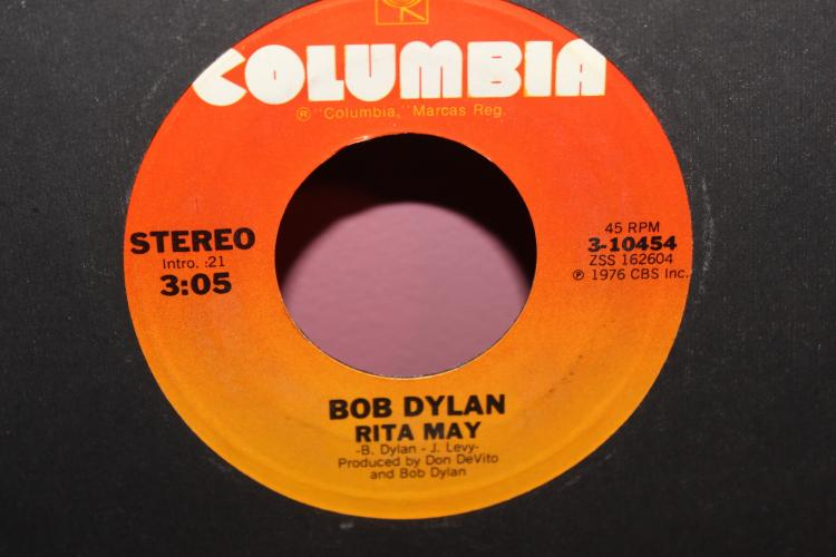 DYLAN RITA MAY 1976 COLUMBIA 3104554 LIKE NEW