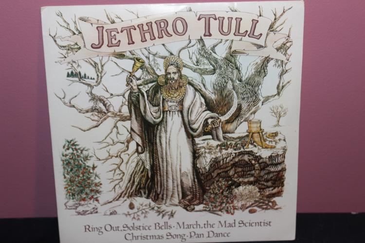 JETHRO TULL 4- SONGS ON THIS 45 1976 CHRSAH'S CPX 2- A LIKE NEW