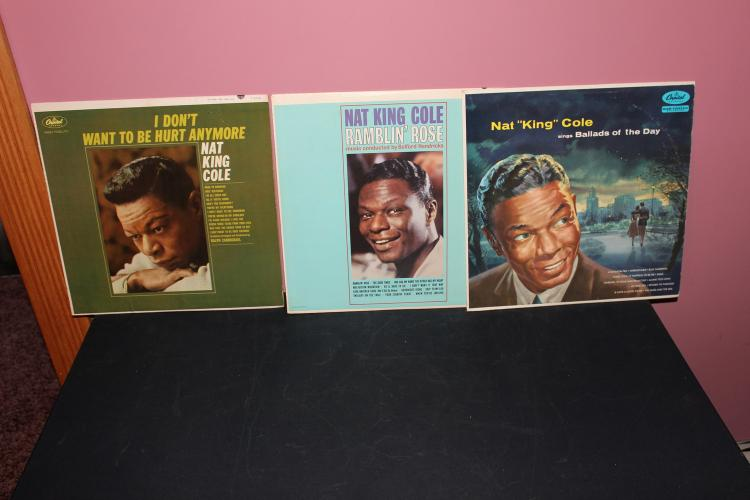 3 SUPER ALBUMS BY NAT KING COLE ALL CAPITAL AND IN LIKE NEW CONDITION