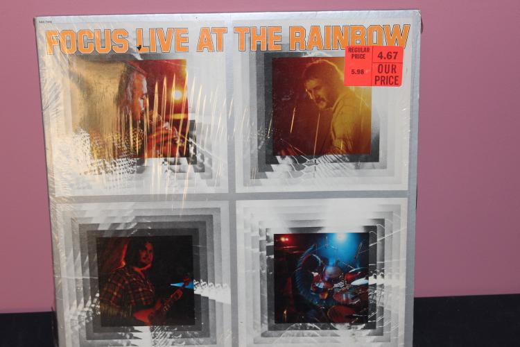 FOCUS LIVE AT THE RAINBOW - SIR RECORDS 7408 - RECORDED IN LONDON - LIKE NEW