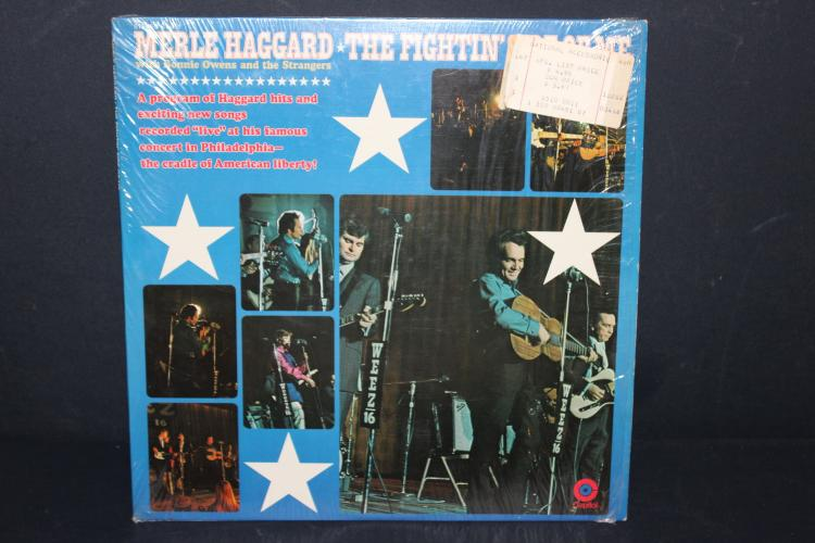 MERLE HAGGARD THE FIGHTING SIDE OF ME - CAPITOL RECORDS 451 - GOOD COND. - FEW BLEMISHES - VERY PLAYABLE