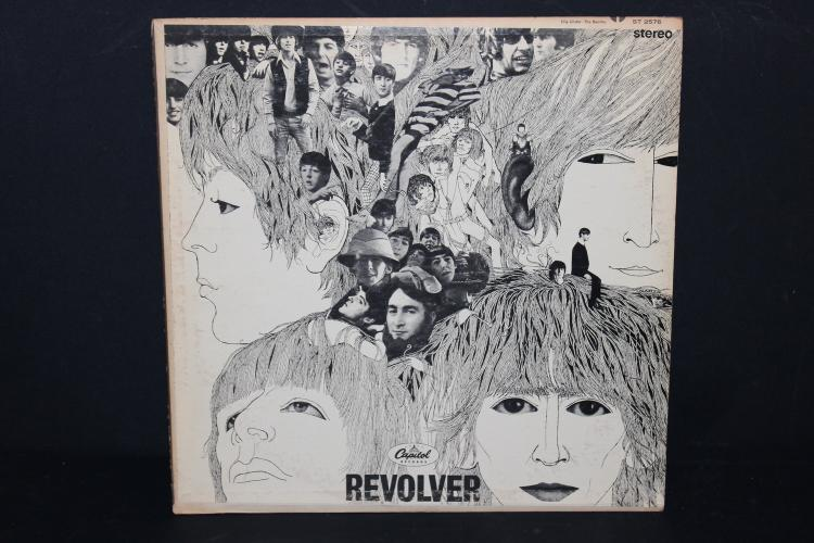 BEATLES REVOLVER CAPITAL RECORDS 2576 RECORDED IN ENGLAND L.P. LIKE NEW