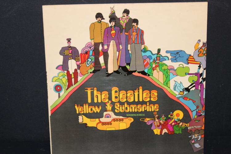 BEATLES YELLOW SUBMARINE APPLE RECORDS 1969 PCS 7070 LIKE NEW
