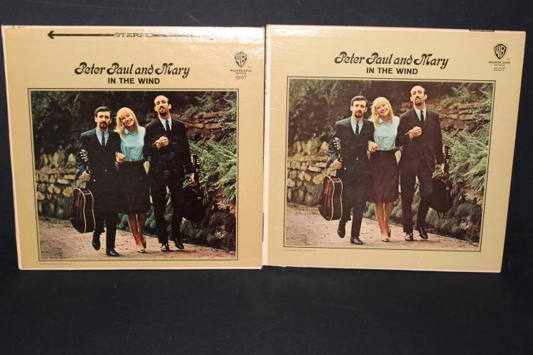 PETER,PAUL AND MARY IN THE WIND WARNER BROS. 1507 2 ALBUMS 1 GOLD CENTER 1 SILVER CENTER LABEL LIKE NEW