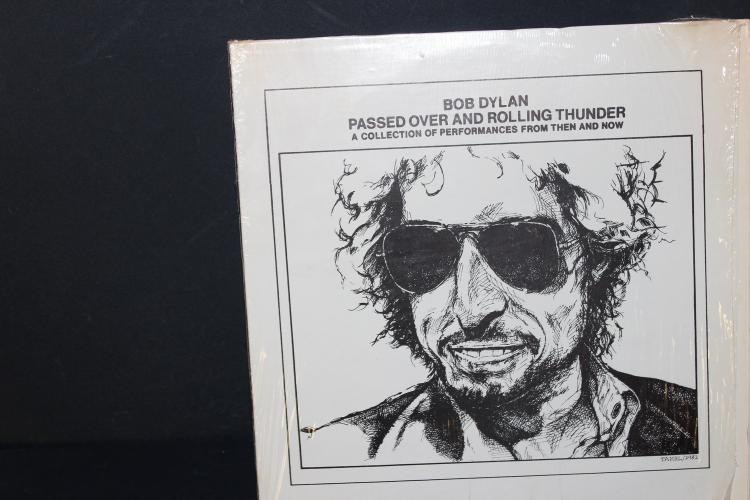 BOB DYLAN PASSED OVER AND ROLLING THUNDER - TWO RECORD SET LIKE NEW RARE BASEMENT RECORDINGS
