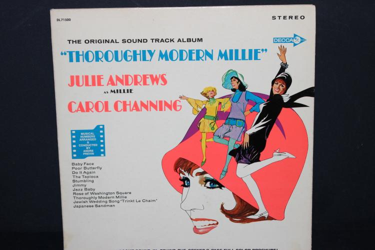 SOUNDTRACK ALBUM THOROUGHLY MODERN MILLIE DECCA RECORDS GATEFOLD WITH BOOKLET #74500 LIKE NEW