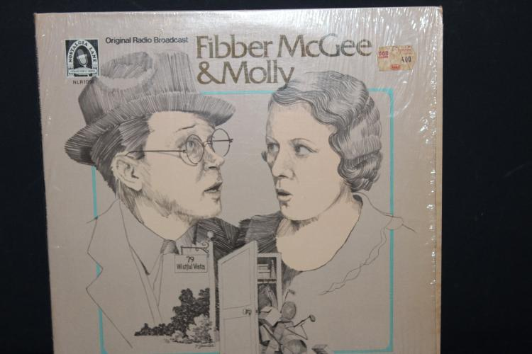 ORIGINAL RADIO BROADCAST FIBBER MCGEE AND MOLLY 2 RECORD SET 1975 – 77 BOTH LIKE NEW