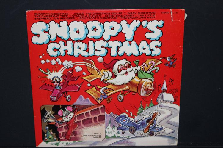 SUPER SNOOPY'S CHRISTMAS AMB. RECORDS AND TINKERBELL LIKE NEW