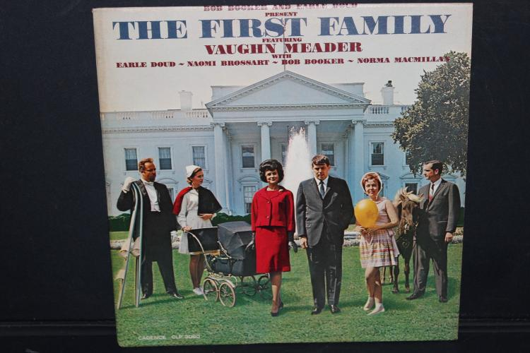 THE FIRST FAMILY 1962 LIKE NEW CANDENCE - CLP 3060