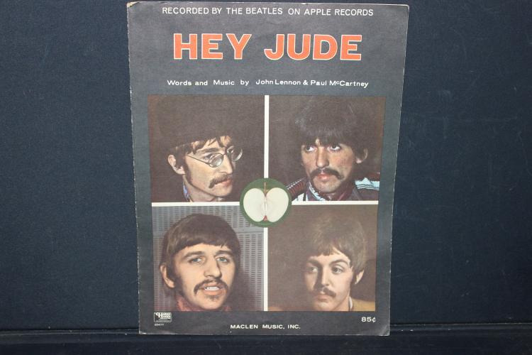1968 HEY JUDE SHEET MUSIC THE BEATLES RECORDED 1968 WITH LYRICS GOOD CONDITION