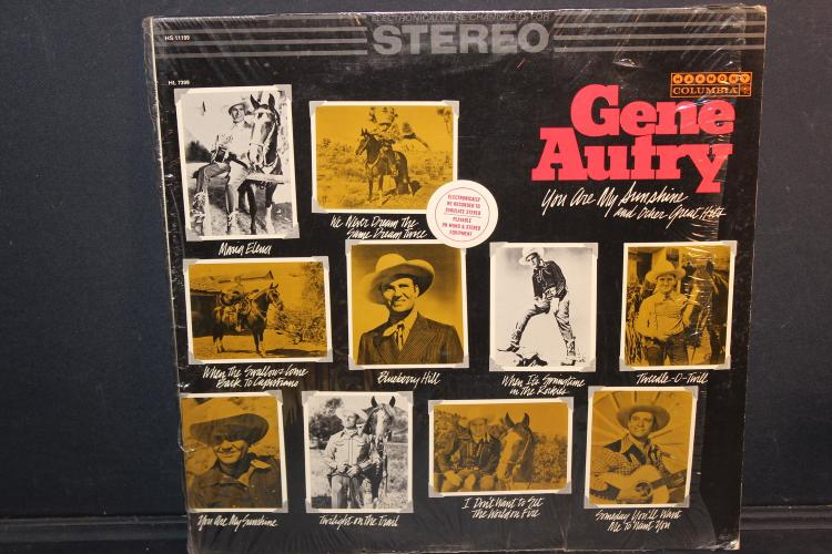 GENE AUTRY COLUMBIA RECORDS BY HARMONY 11199 LIKE NEW