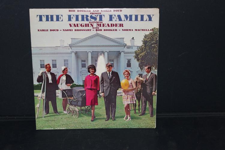 THE FIRST FAMILY FEATURING VAUGHN MEADER A COMEDY ALBUM OF THE KENNEDY FAMILY LIKE NEW 1962 CADENCE RECORDS