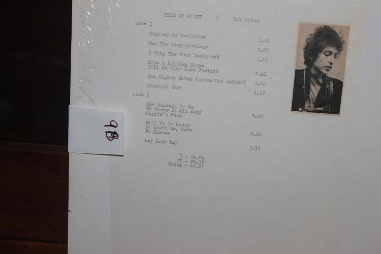 RARE BOB DYLAN - ISLE OF WIGHT - BOOTLEGGED ALBUM LIKE NEW PIECE RECORDS G.W.W.