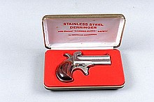 AMERICAN DERRINGER CORP. A .38 SPECIAL OVER AND