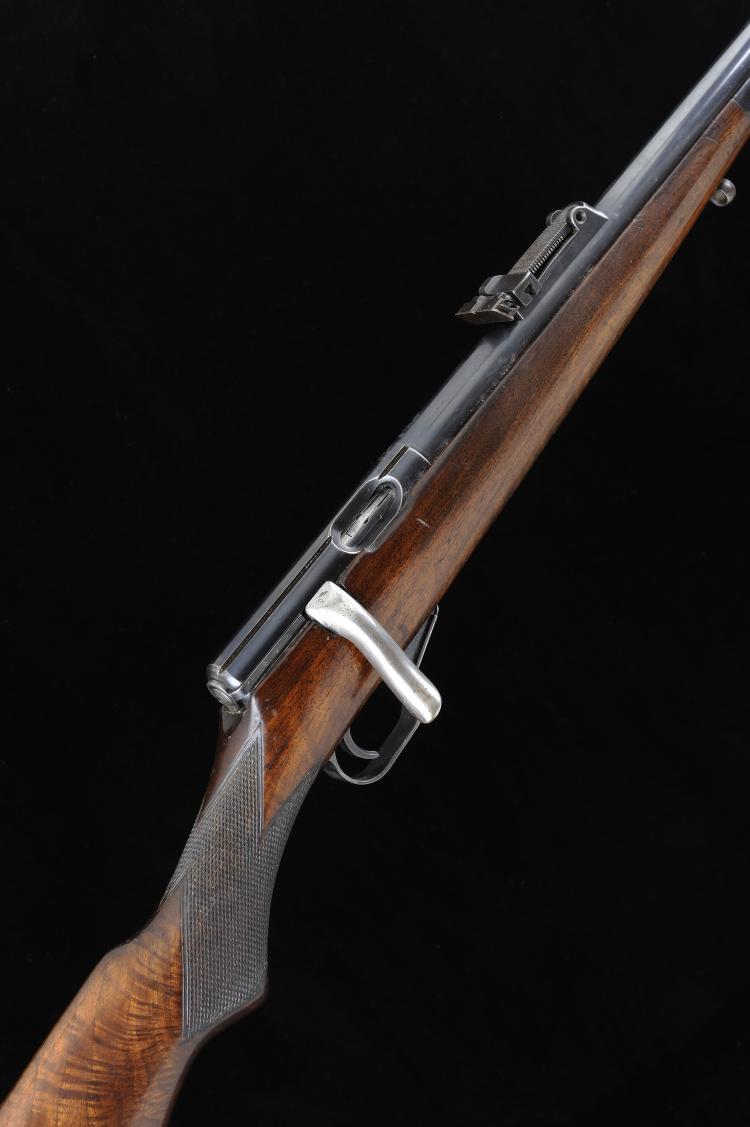 MAUSER A .22 BOLT-ACTION SPORTING RIFLE, NO. 113620 25 1/2-inch barrel, ram