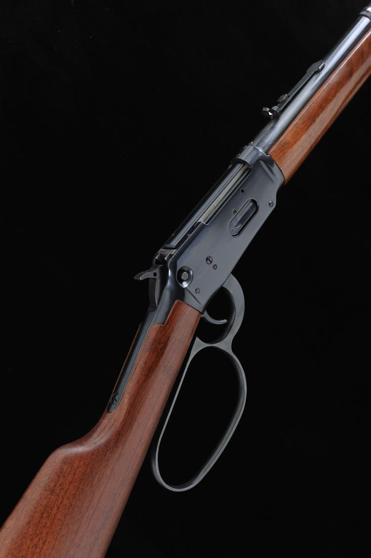 WINCHESTER A .30-30 MODEL 94AE LEVER-ACTION SPORTING RIFLE, NO. 6064748 16-
