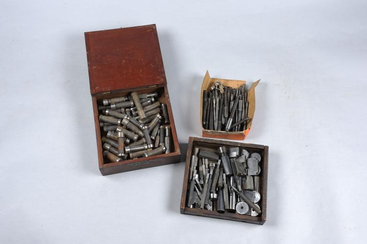 A COLLECTION OF PLUG GAUGES various sorts, together with a further group of