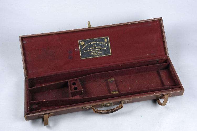 JAMES PURDEY & SON A LIGHTWEIGHT LEATHER GUN CASE with compartments for two