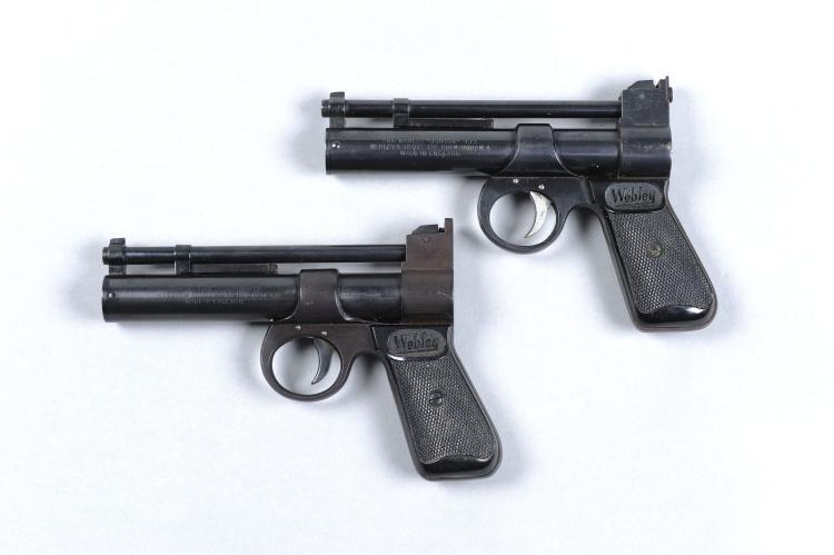 WEBLEY & SCOTT A .177 ''JUNIOR'' MODEL AIR PISTOL, NO. 1900 6-inch smoothbo