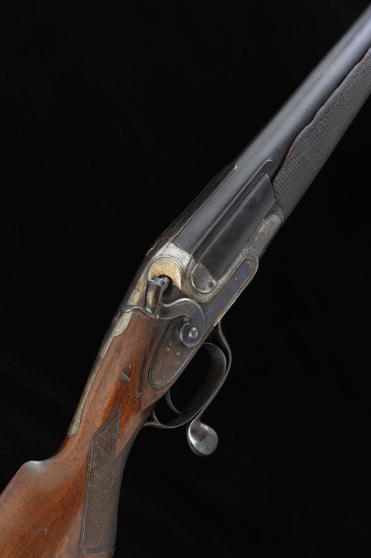 D. LEONARD & SON AN 8-BORE SINGLE BARREL HAMMER GUN, NO. 833 37 1/4-inch da