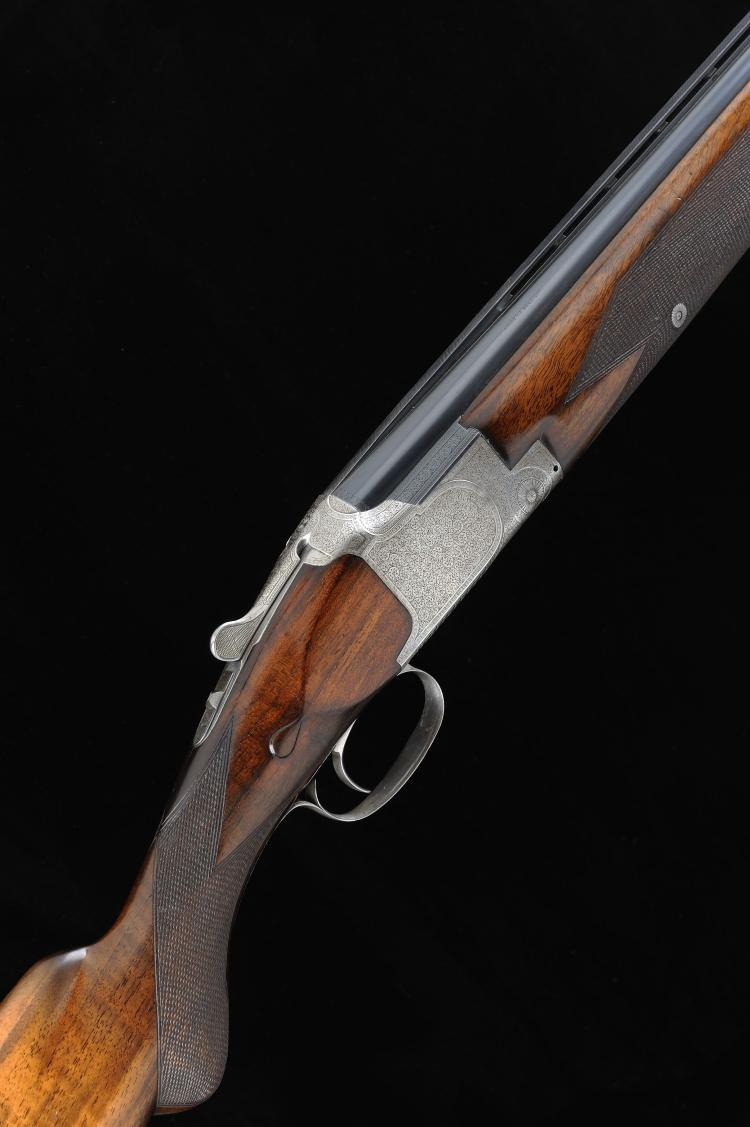 BROWNING A 12-BORE SINGLE TRIGGER OVER AND UNDER EJECTOR GUN, NO. 75734 30-