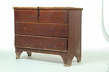 QUEEN ANNE MULE CHEST.