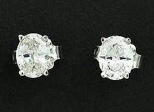 OVAL DIAMOND STUD EARRINGS