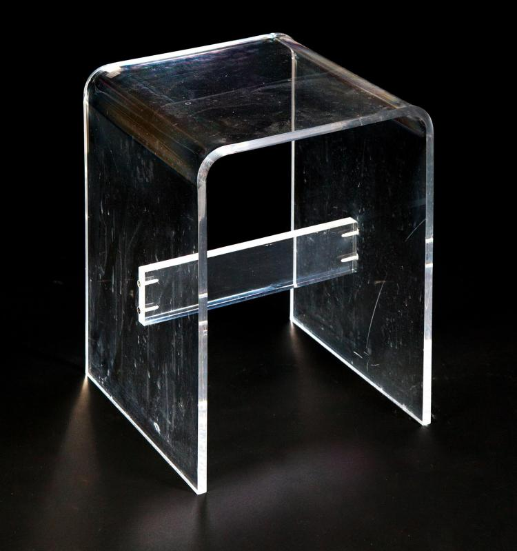 AMERICAN LUCITE SIDE TABLE.