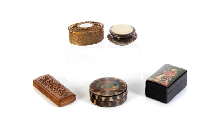 FIVE EUROPEAN BOXES.
