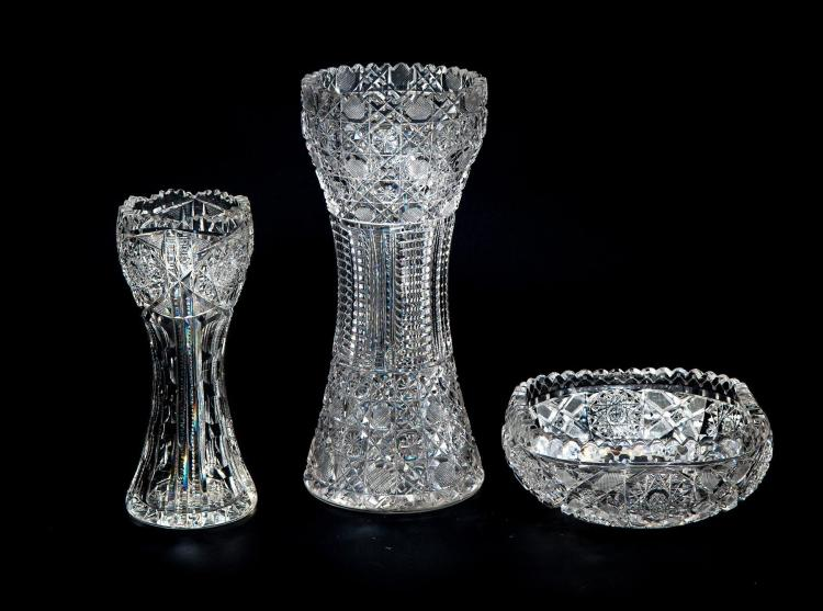 Three pieces of cut glass How can i cut glass at home