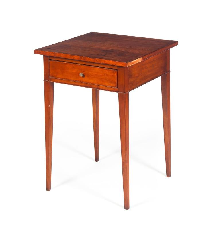 American Country Hepplewhite One Drawer Stand