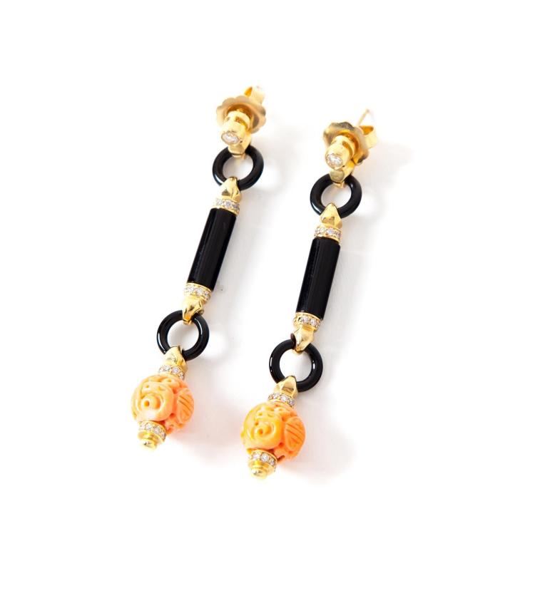 ART DECO-STYLE EARRINGS.