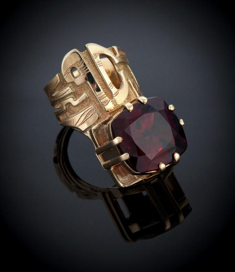 CUSTOM DESIGNED, HAND MADE GOLD AND GARNET RING, MARY ANN SCHERR.