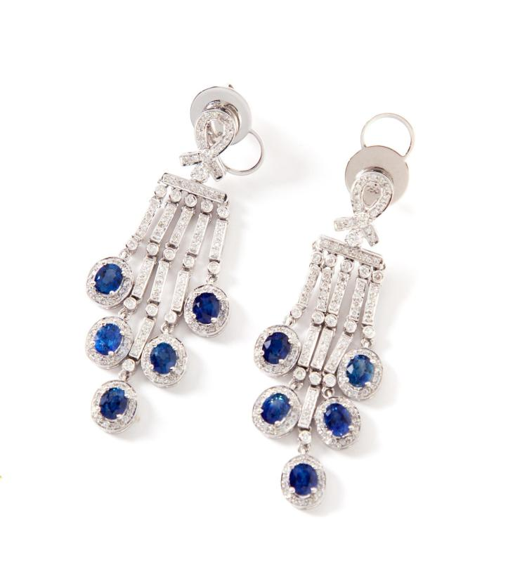 ART DECO-STYLE DIAMOND AND SAPPHIRE EARRINGS.