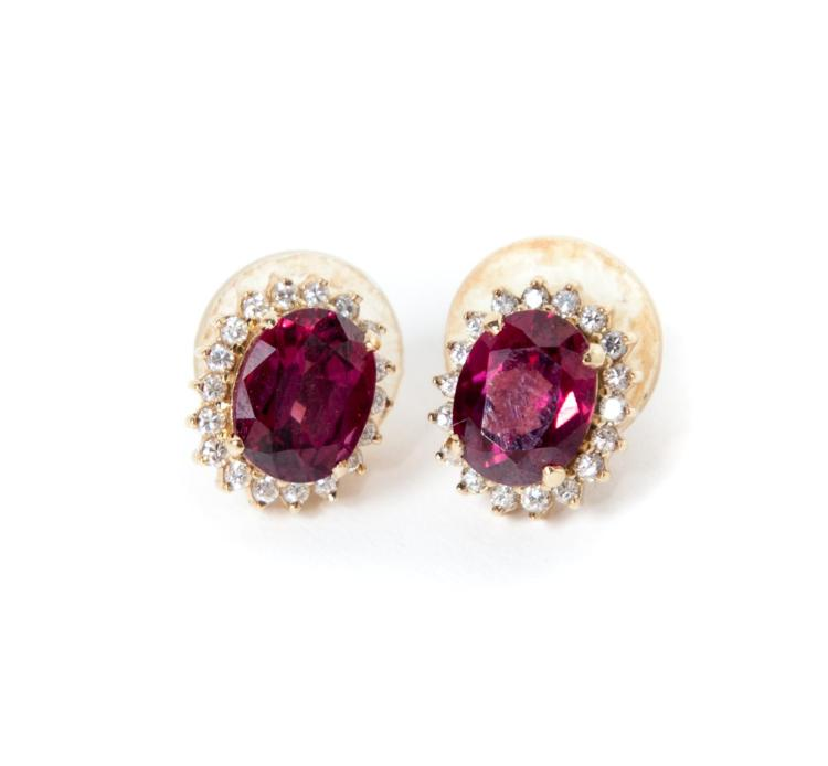 PAIR OF GOLD, RUBY AND DIAMOND EARRINGS.
