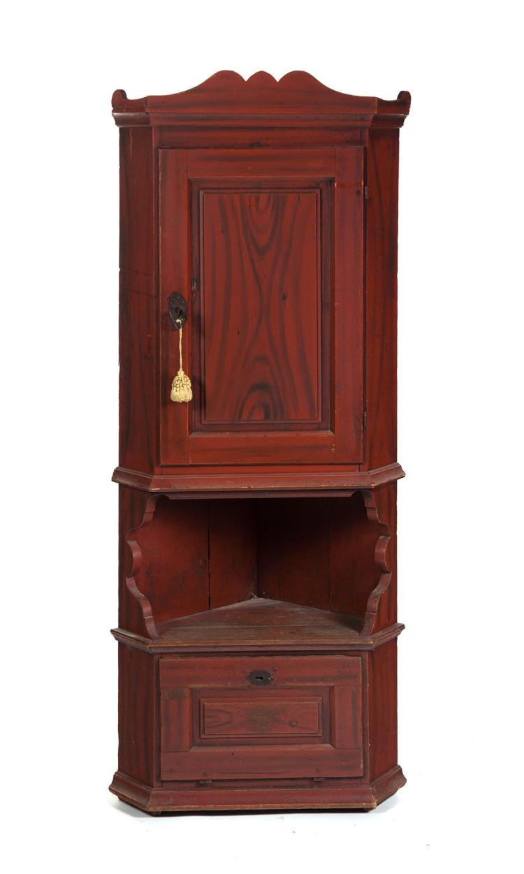 SMALL-SIZE GRAIN-PAINTED CORNER CUPBOARD.