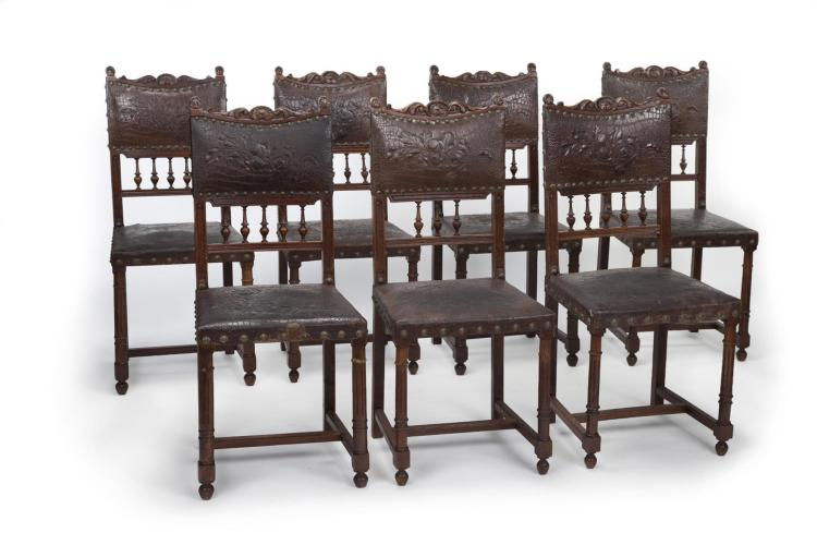 SEVEN EUROPEAN SIDE CHAIRS.