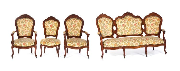 FOUR-PIECE VICTORIAN PARLOR SET.