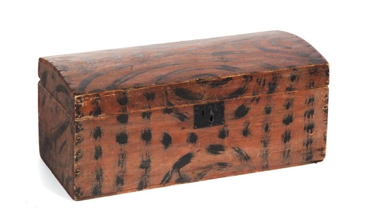 DOME-TOP DOCUMENT BOX WITH PAINT DECORATION.